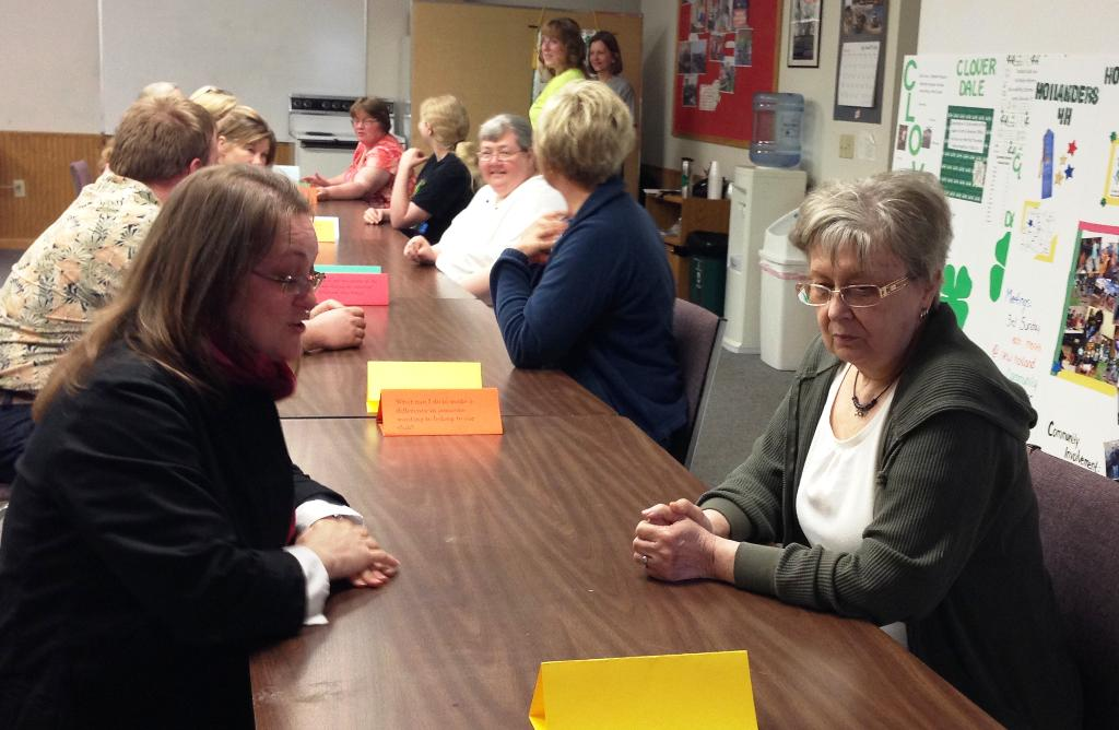 Leaders participate in 'speed dating' club topic discussions