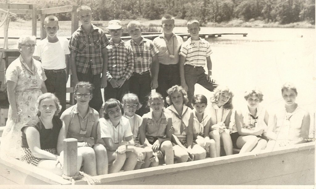 4-H Campers Boating at 4-H Camp
