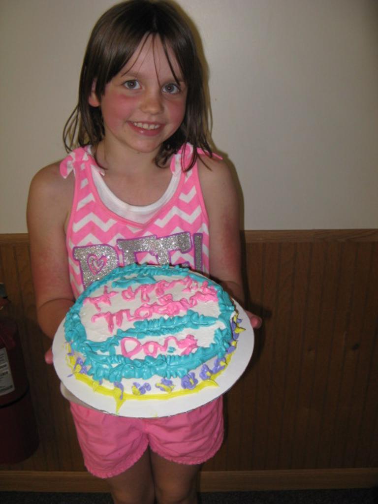 Chloe's cake for Mom