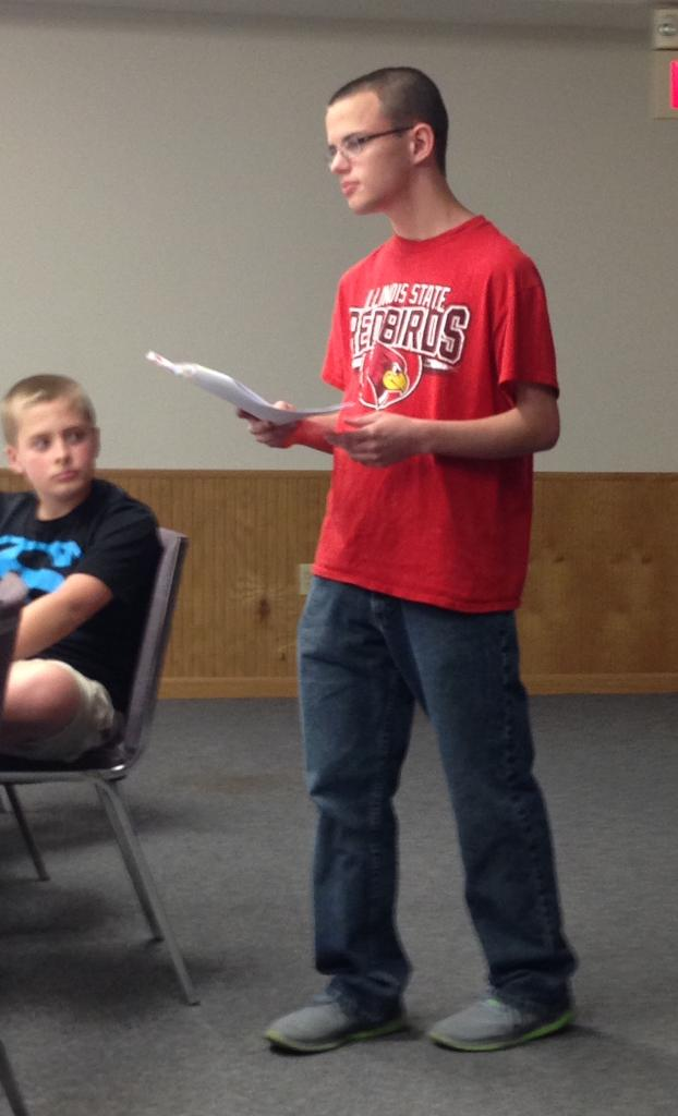 Clayton gives some direction at the Chester 4-H Records 101 Training