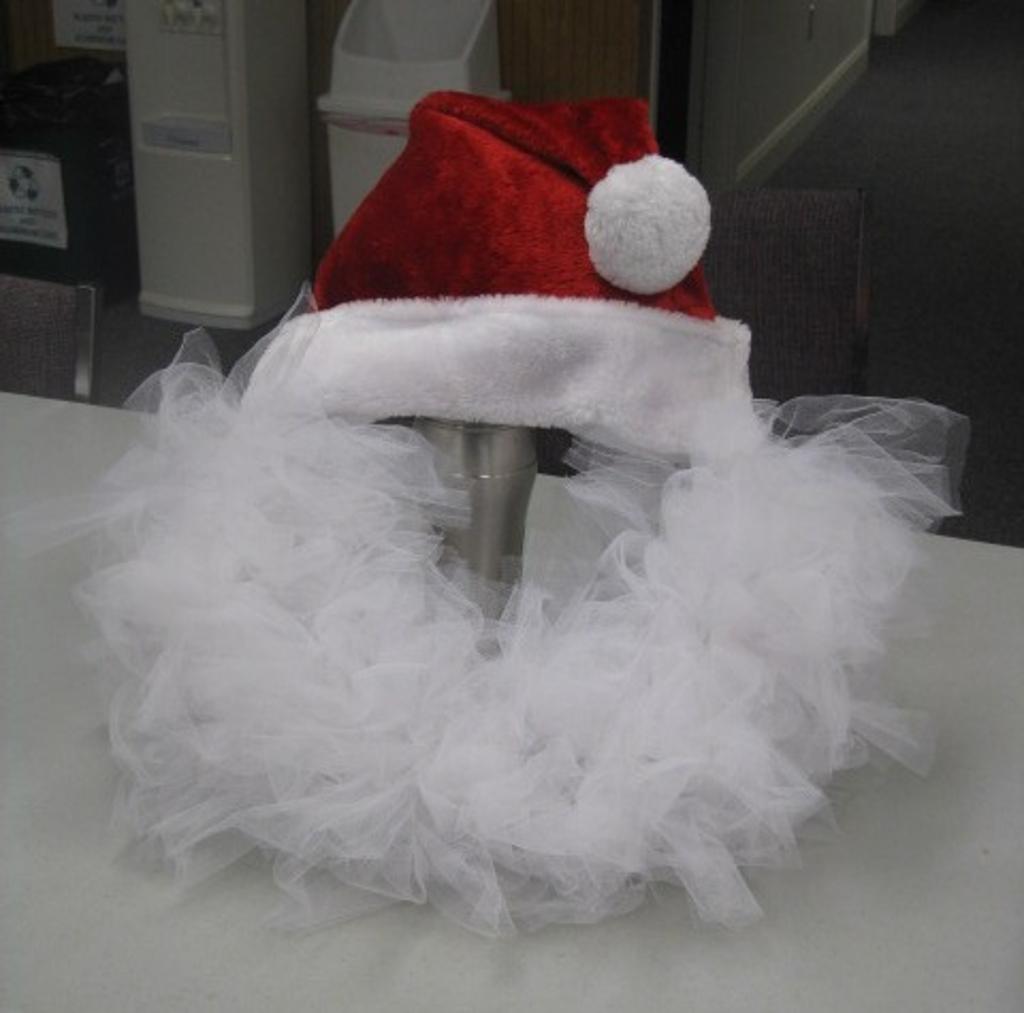 Completed santa wreath