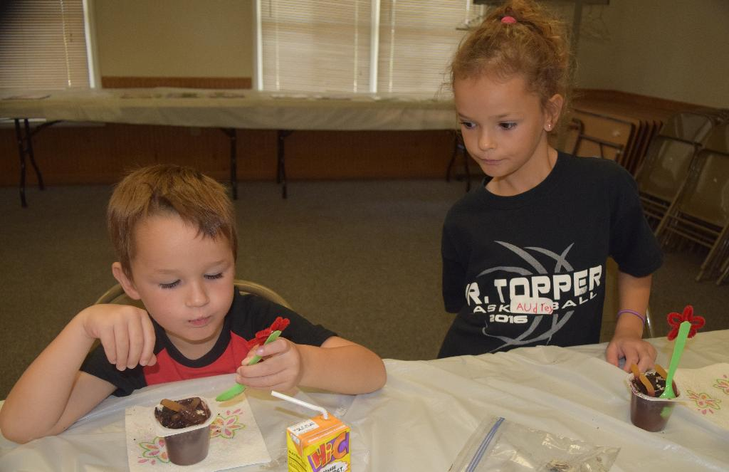 "Elliott and Audrey and their ""dirt cup"" snacks"