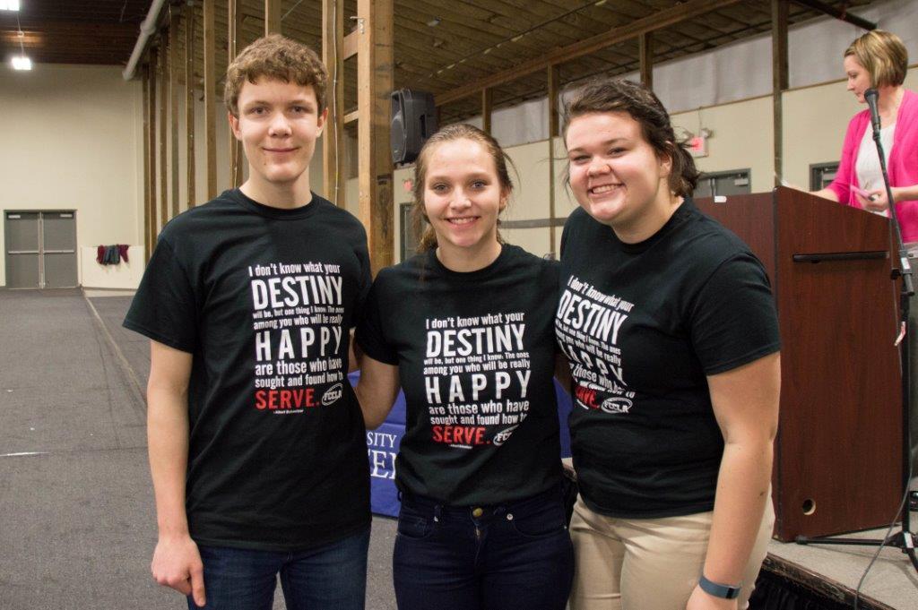 Smiling Service Squad: David Gagnon, Cayla Richard & Kierra Massey from Cerro Gordo High School