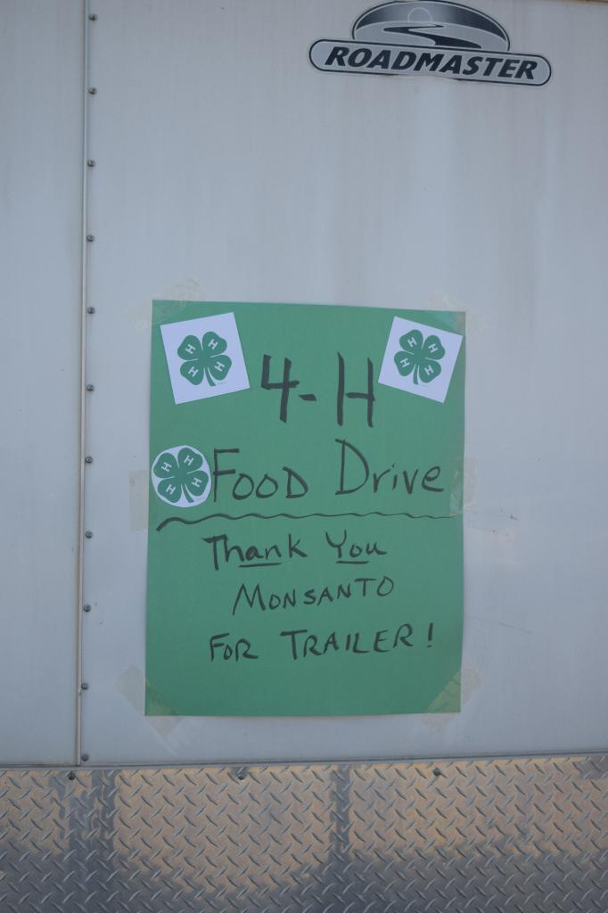 Thanks to Monsanto/Illiopolis who donated use of a trailer to collect the food at Kroger in Lincoln!