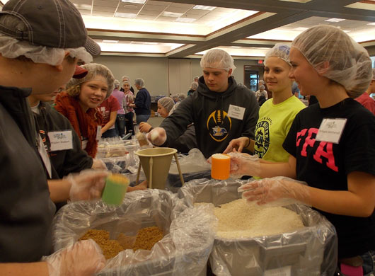 4-H Youth Help to Alleviate Hunger in City