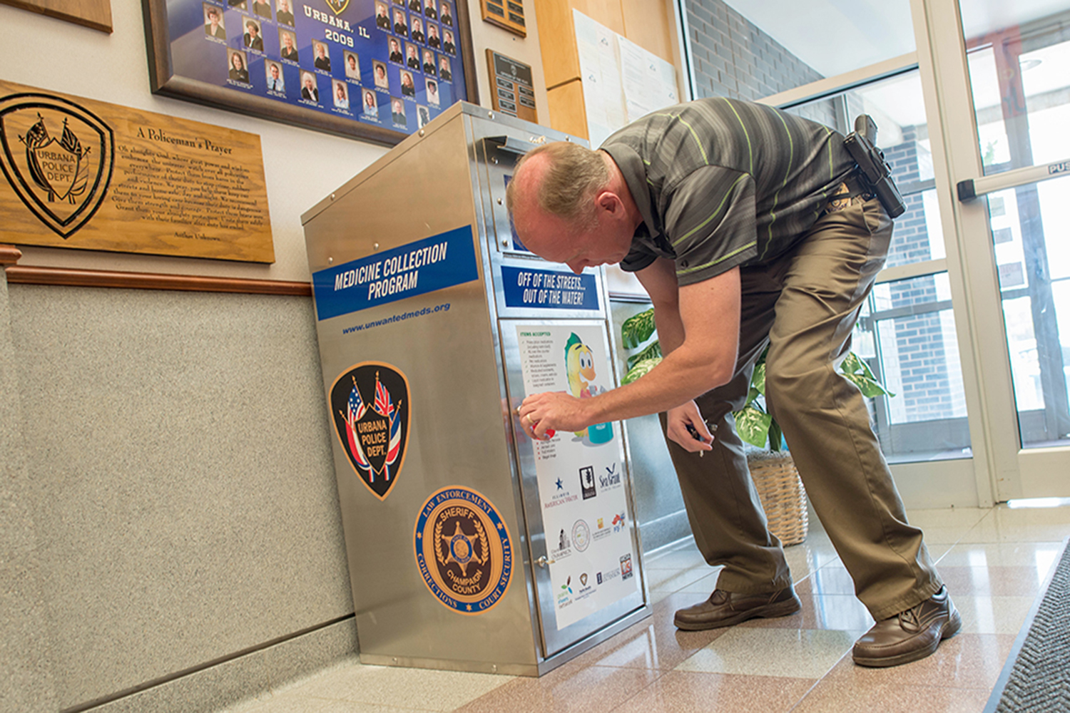 Champaign-Urbana collects 13,000 pounds of unwanted medicine