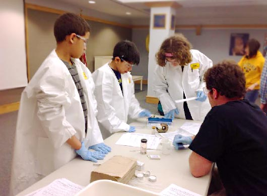 4-H Library Investigators Solve Crimes with Science