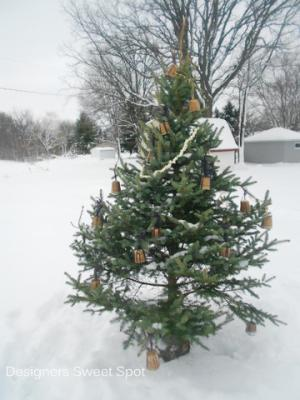 1-Repurposed Christmas Tree 053