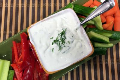 Cucumber Dill Yogurt Dip RS